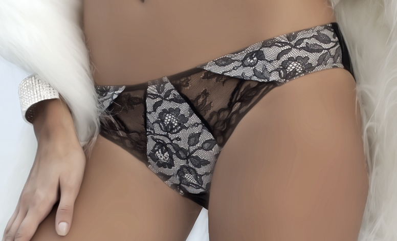 Full Cover Panty With Lace Panel